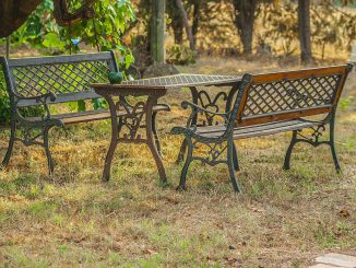 table-and-benches-856200_12